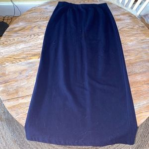 RALPH LAUREN long vented back dk blue knit skirt